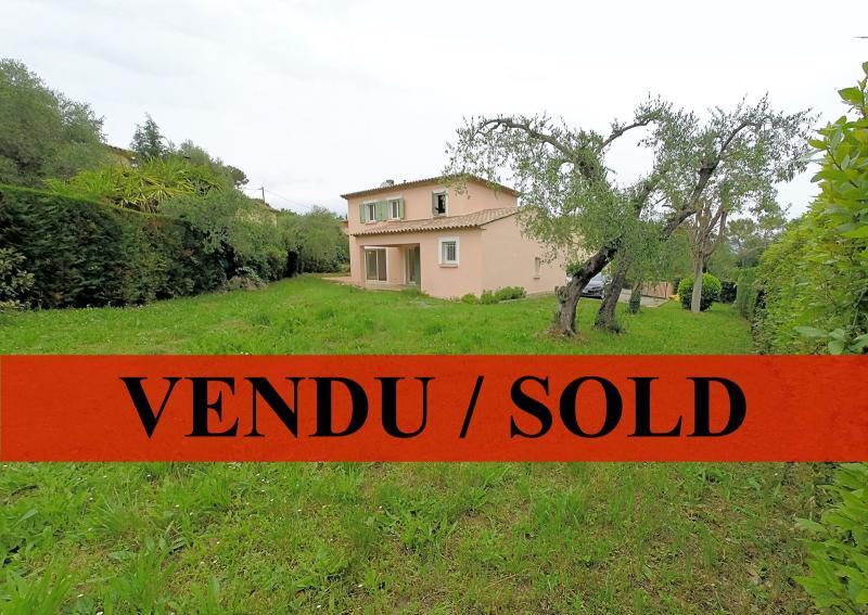 Valbonne (06 Alpes Maritimes), � vendre villa 103m2 avec jardin 800m2, 3 chambres, garage, parkings.