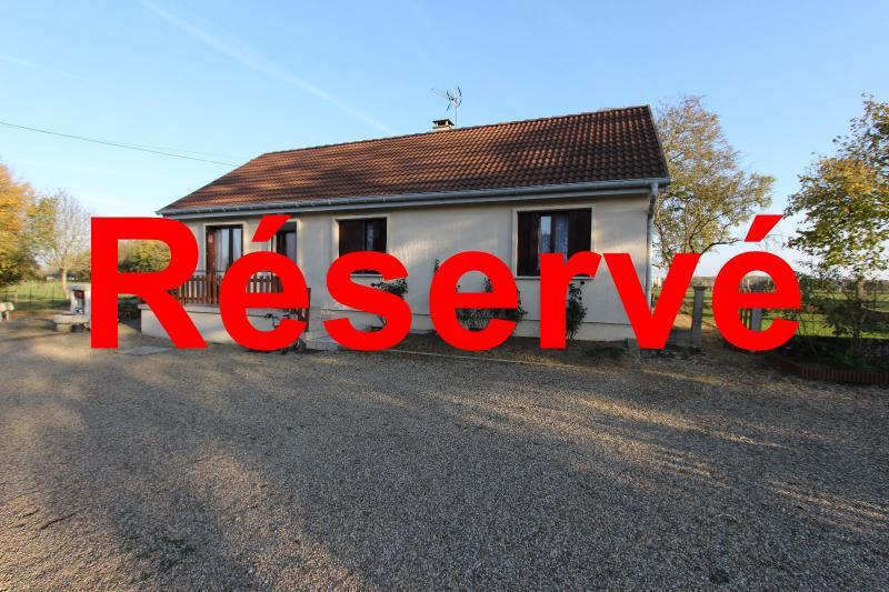 Pierre-de-Bresse (71270) � vendre maison � la campagne avec d�pendance sur 8000 m� de terrain.