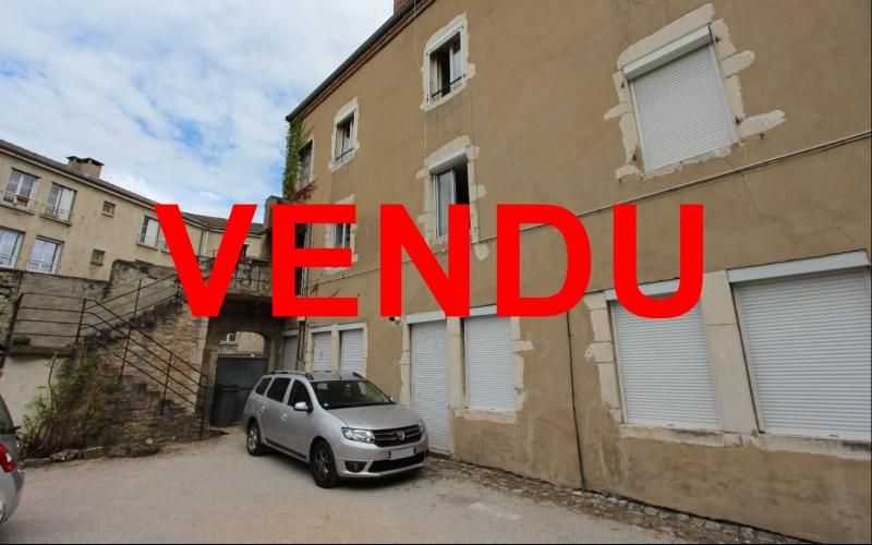 Chalon-sur-Sa�ne (71), � vendre appartement T3 d'environ 73 m� habitables.