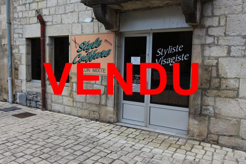 Selli�res centre-ville, � vendre fonds de commerce : salon de coiffure en activit�.