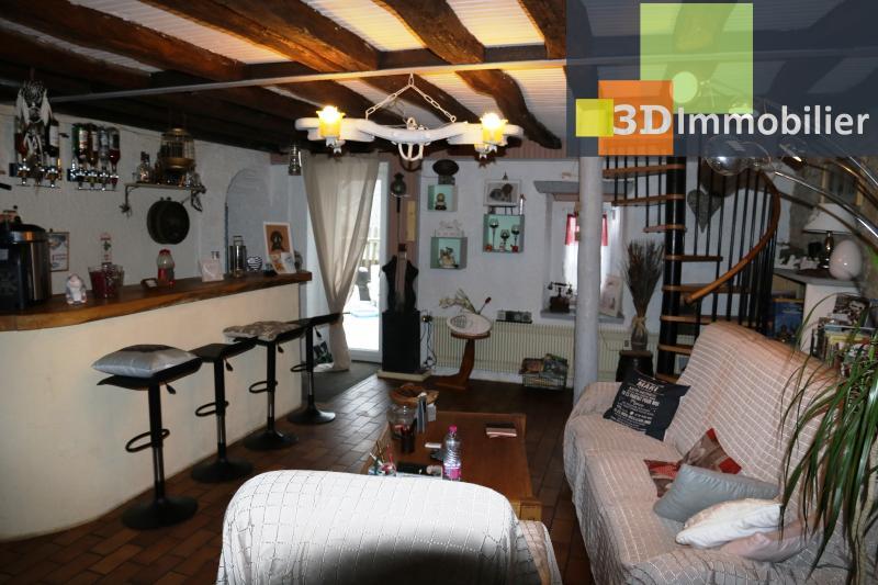 SALON 30 m²