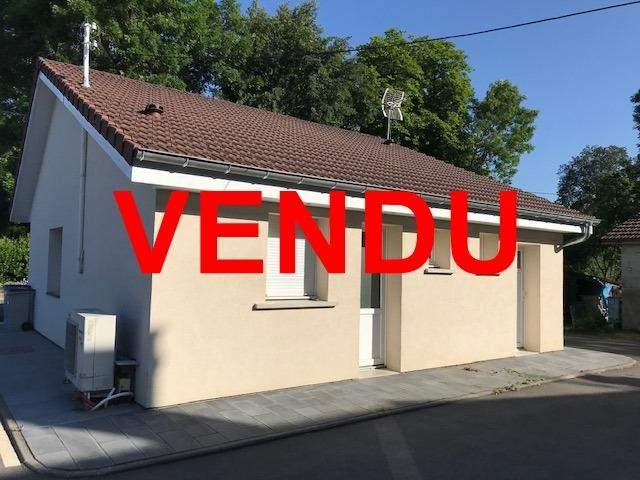 Secteur Bletterans (39 JURA), à vendre ensemble immobilier sur 140 m² de terrain pour investisseur.