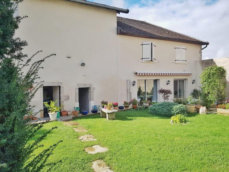 Maison pierres 170m² + 90m² CRANÇOT-LONS LE SAUNIER 1er plateau JURA 39 sur terrain de 964m² env.