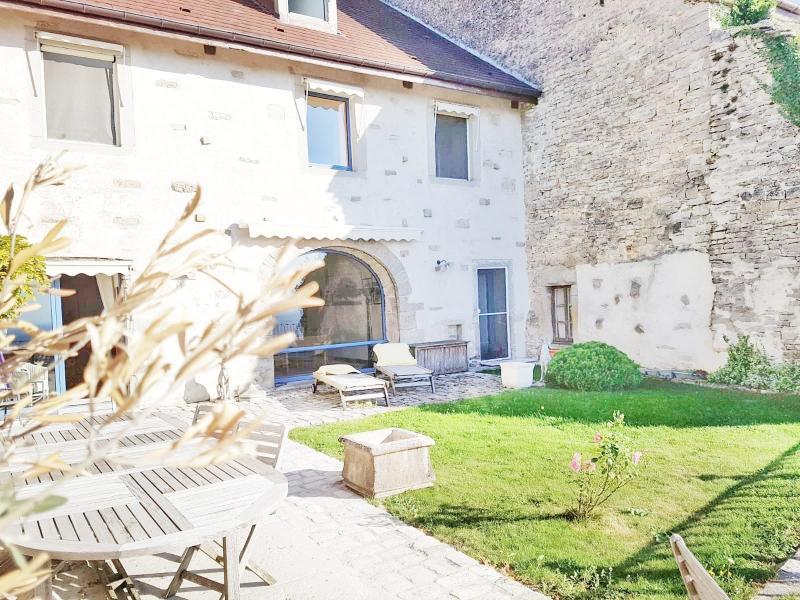 Maison 10 pièces 295m2 6 chambres (39-JURA-LONS-LE-SAUNIER)