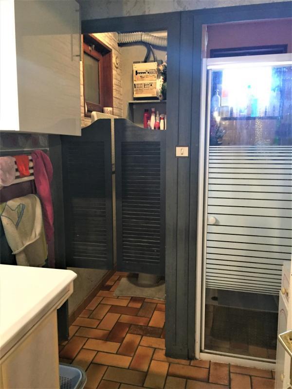 salle de bain et wc rdc 6 m²