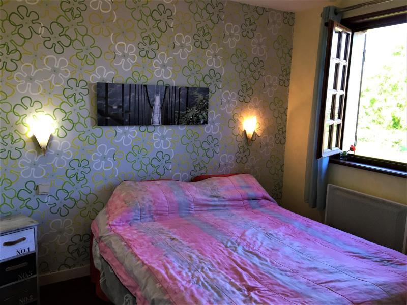 Chambre 4 de 14 m² avec petit dressing