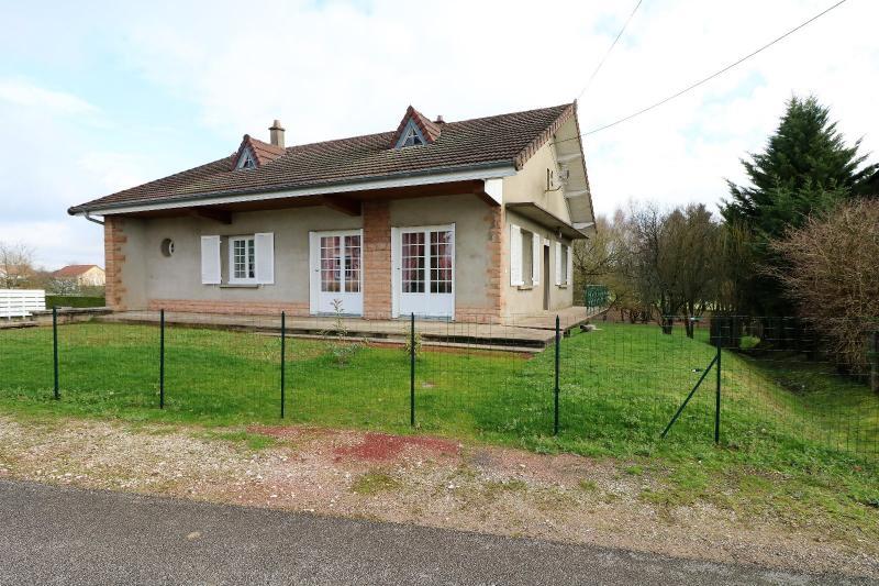Secteur LOUHANS, � vendre maison des ann�es 80 r�nov� de 100 m� avec 1500 m� de terrain clos