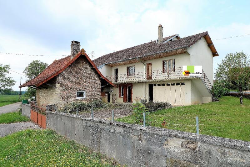 BLETTERANS , � vendre maison d'environ 179 m� et 500 m� de d�pendances sur 1265M� de terrain.