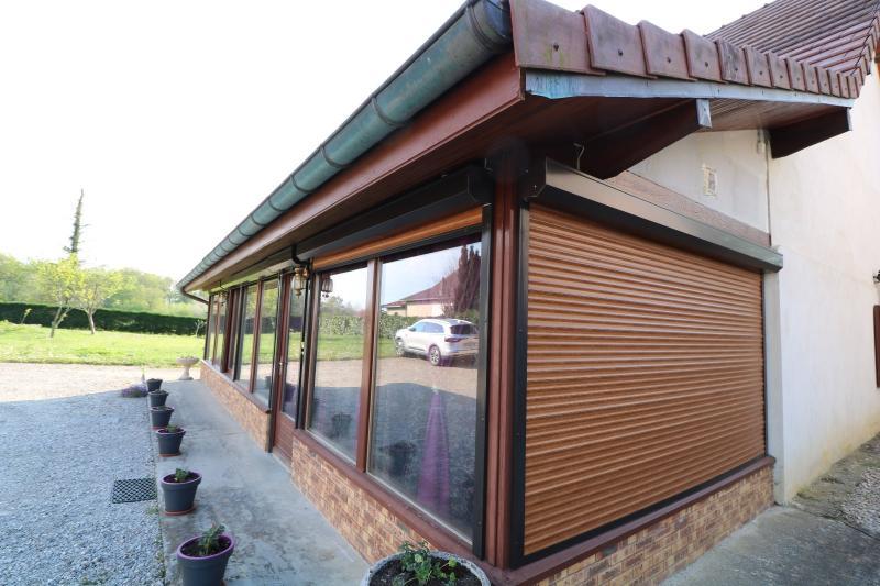 Secteur Chaumergy, vends confortable maison de 8 pièces, 190 m² sur terrain de 5000 m² clos.