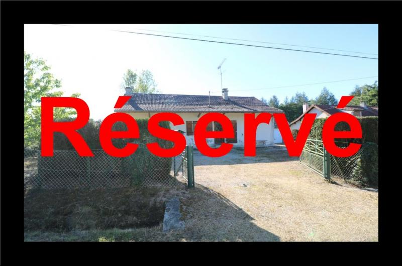 Secteur Chaussin, � vendre maison de plain-pied, 4 pi�ces, 90m�, garage sur 700m� de terrain.