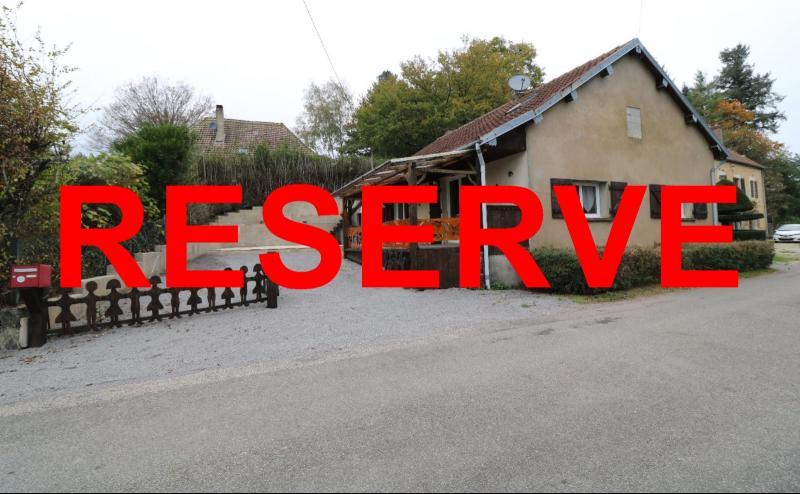Forêt de Chaux, proche Dole, vends maison 6 pièces, 115m² habitables sur 2500m² avec dépendances.