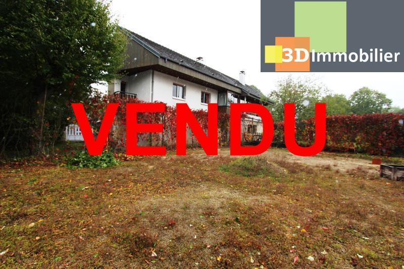 Secteur ARBOIS (39 JURA), à vendre maison de ville de 9 pièces sur 1174 m² de terrain clos.