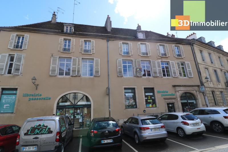 DOLE centre, au 1er étage, vends bel appartement de 6 pièces,  surface habitable de 150m².