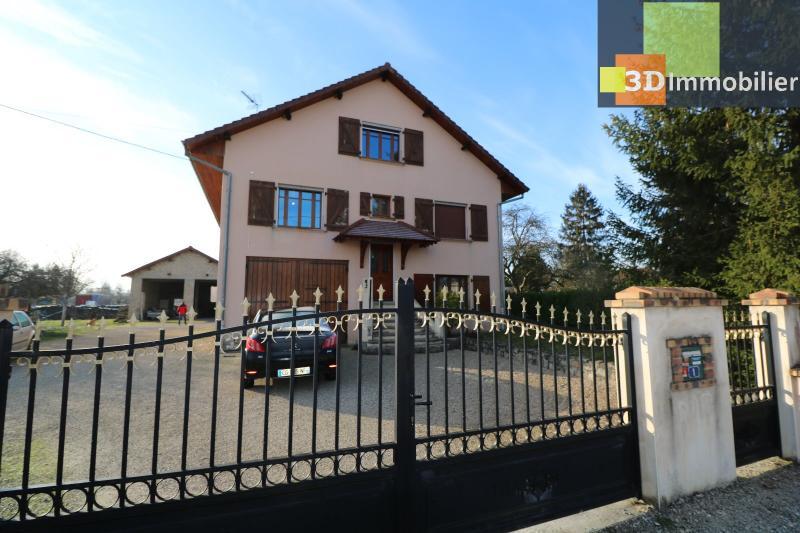 Secteur Chaussin, vends grande maison, 6 pièces, 157m², dépendances sur 2219m² de terrain clos