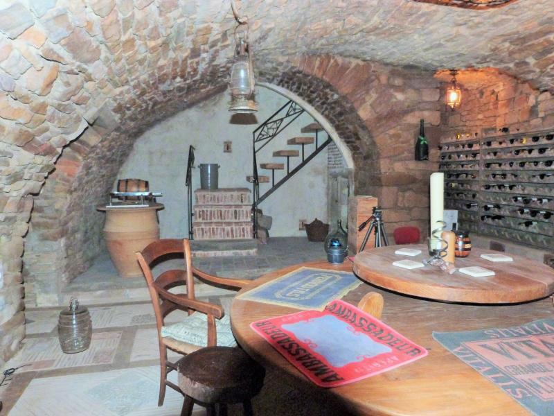 La cave: caveau de dégutation ou de réception