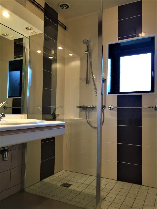salle de douche 5 m²
