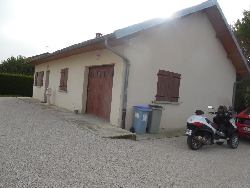 CHAUSSIN, 39120, Village proche, maison plain pied 4 chambres, terrain 1200 m�, garage, jardin