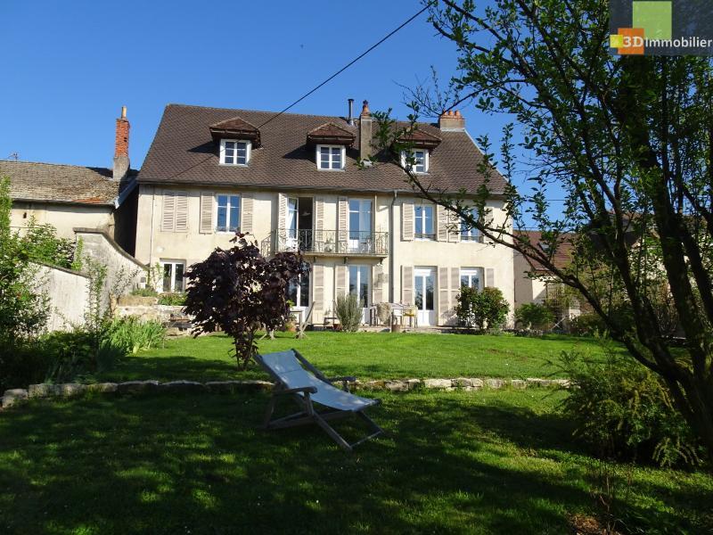 Dole (Jura) à vendre Maison de famille du XVIII , 5 chambres, sur terrain de 700 m².