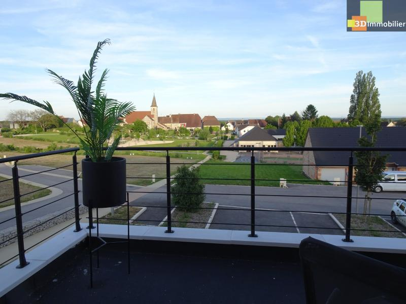 DOLE 39100, vends Maison récente vaste pièce à vivre, 3 chambres, 150 m², garage, proche autoroute.