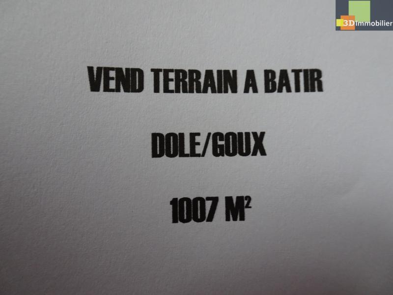 DOLE, Goux, 39100 terrain à batir de 1007 m² plat, hors lotissement, bord de la forêt