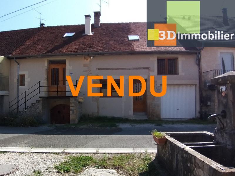 LONS-LE-SAUNIER Sud (39 JURA), à vendre maison de village de 160m², 7 pièces, avec 305m² de terrain.