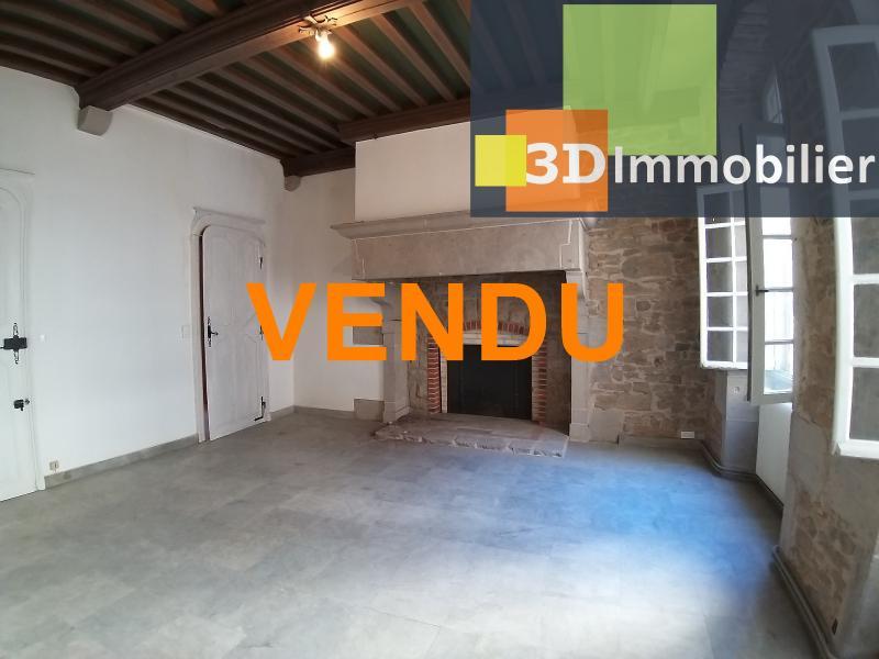 LONS-LE-SAUNIER (39 JURA), CENTRE-VILLE à vendre magnifique appartement de 120 m², 3 chambres.
