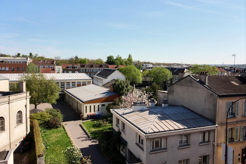 148m2 4ch parquet moulures et cheminees avec vue degagee expertim immobilier. Black Bedroom Furniture Sets. Home Design Ideas