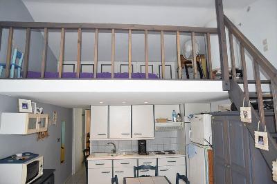 Coup de c?ur pour ce bel appartement entièrement rénové situé à 2