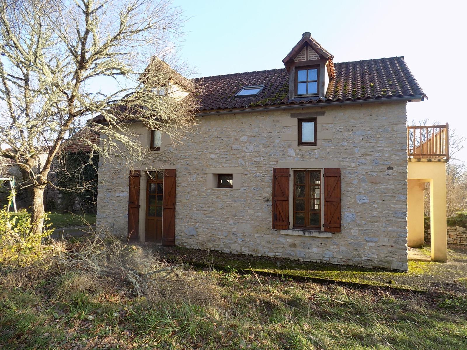 Lot, au calme,  Charmante maison en pierres et petite grange