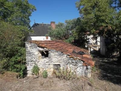 Lot, Ancienne ferme � r�nover sur 1 hectare de terrain