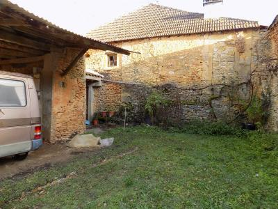 Centre Bourg, maison ancienne � restaurer