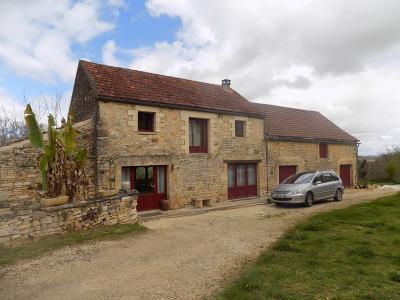 Dordogne, belle maison en pierre avec grange attenante sur 3350 m² avec superbe vue BOUZIC