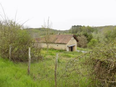 Petite maison de village - beaucoup de potentiel!