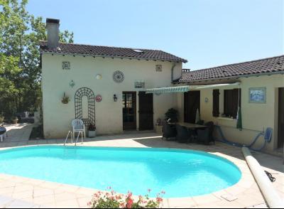 Belle maison avec piscine et vue superbe SALVIAC