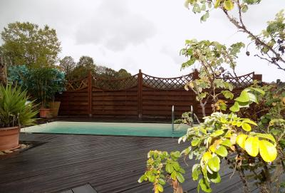 Sarlat, proche centre m�di�vale, maison de caract�re avec piscine