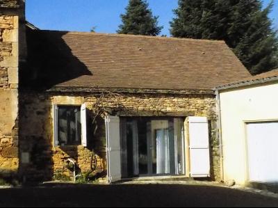 Charmante maison de village avec jardin restaurée avec goût, idéal maison de vacances. ST CAPRAIS