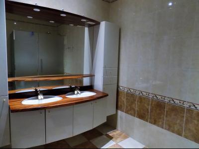 PRAYSSAC, Maison contemporaine de 4 chambres avec piscine