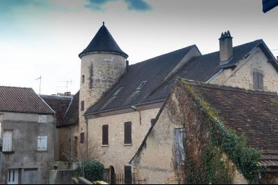 Grande maison au coeur de Gourdon
