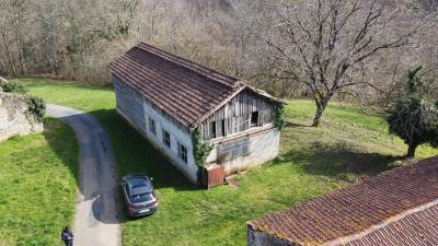 Ancien corps de ferme sur 19 hectares