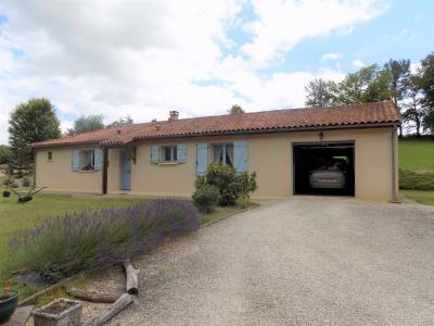 Proche bourg, Plain-pied de 100 m² sur 8572 m² DEGAGNAC
