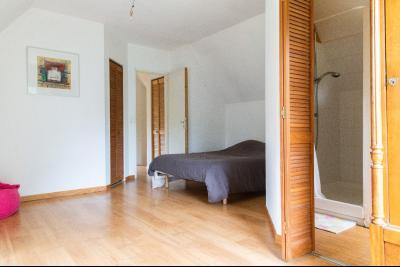 Maison contemporaine de 4 chambres sur 4415 m�