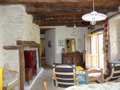 Charmante maison en pierre et grangette sur 9984 m�