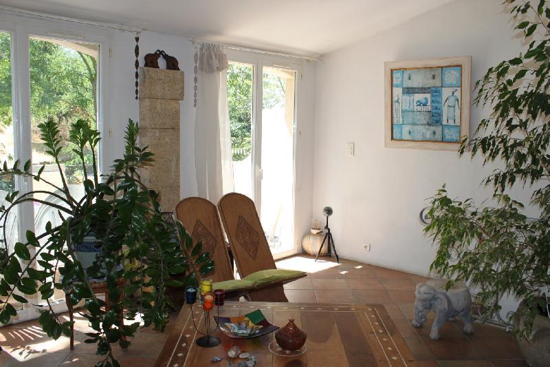 Magnifique maison T4 avec terrasse, cave et remise sur Alleins, Agence Immobilière UnChezVous, dans les départements de l'Ariège et de l'Aude