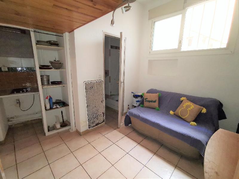 STUDIO - AIX/QUARTIER HOTEL DE VILLE, Agence Immobilière UnChezVous, dans les départements de l'Ariège et de l'Aude